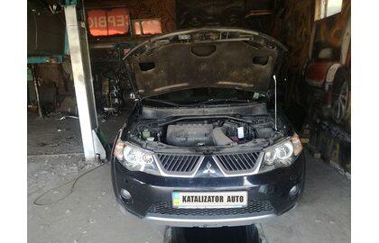 Удаление катализатора, замена гофры Mitsubishi Outlander XL 2.4, 2007