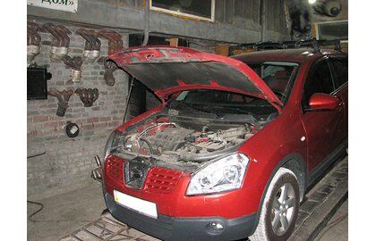 Ремонт выхлопной системы, замена резонатора Nissan Qashqai 2.0