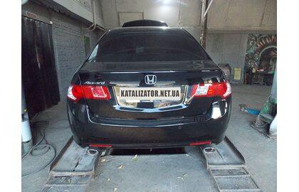 Удаление катализатора, изготовление пламегасителя, монтаж каталитического эмулятора Honda Accord 2.0, 2010